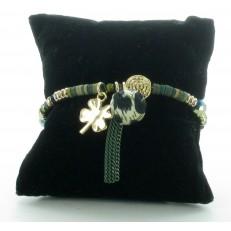 Bracelet élastiqué perles et tissu vert