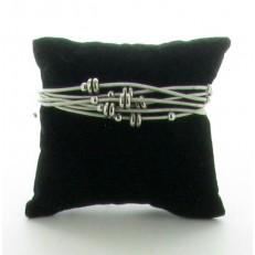 Bracelet métal multi-rangs fermoir à aimant pampilles métal