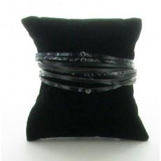 Bracelet multi-rangs en imitation cuir noir et zèbre et pastille métal