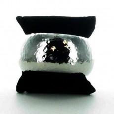 Bracelet jonc rigide en métal argenté fermeture à ressort