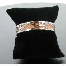 Bracelet demi-jonc en imitation cuir rose poudré et métal argenté