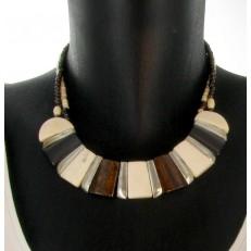 Collier perles et trapèzes ivoire et marron