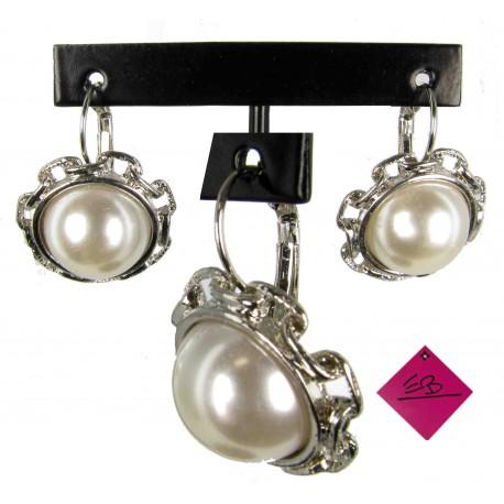 Boucles d'oreilles en métal argenté et demi sphère en imitation perle de culture