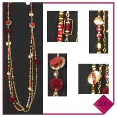 Collier de perles et pompons rouges finition triple rang pastilles métal doré